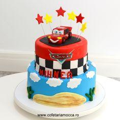 Lightning McQueen hero cake for boys with stars made of sugar paste Sugar Paste, Lightning Mcqueen, Mocca, Cakes For Boys, Birthday Cakes, Hero, Stars, Sweet, Desserts