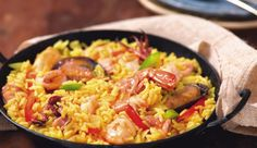 This delicious Portuguese style seafood paella recipe is very popular and the best part is you can add your favorite seafood to it. Seafood Stir Fry, Seafood Paella, Paella Food, Seafood Dishes, I Love Food, Good Food, Yummy Food, Tasty, Portuguese Recipes