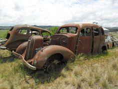 Abandoned Cars, Abandoned Places, Abandoned Vehicles, Trucks Only, Old Trucks, Derelict Buildings, Rust In Peace, Rusty Cars, Love Car