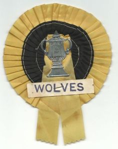 old-football-rosette-wolverhampton-wanderers-1960-fa-cup-final