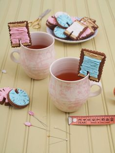 Gingerbread Mug Biscuit