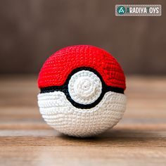 "Pokeball from ""Pokemon"" - free crochet pattern in English and Russian by Olka Novitskaya. 5.5cm diameter, 4ply yarn and a teeny hook for a really neat finish."