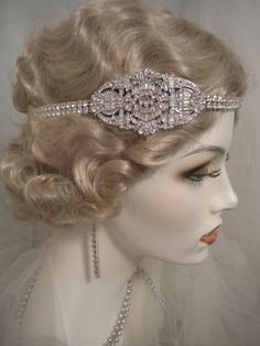 Hey, I found this really awesome Etsy listing at https://www.etsy.com/listing/453369620/1920s-bridal-headpiece-art-deco