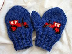 Ravelry: Gustaf - tractor mittens pattern by Kamilla Baby Mittens Knitting Pattern, Kids Knitting Patterns, Crochet Mittens, Knitting Kits, Knitting For Kids, Knitting Socks, Baby Knitting, Knitted Hats, Baby Patterns