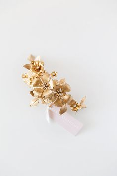 This listing is for the Nature Inspired flower headpiece. This incredible design is a true statement headpiece. Adorned with polished brass flowers,