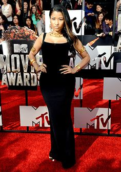 We're living for Nicki Minaj's understated Alexander McQueen look at the MTV Movie Awards tonight!
