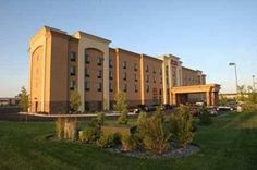 Hampton Inn & Suites Billings West I-90 Billings (Montana) Situated in Billings, Montana, just off Interstate 90, this hotel offers a free hot breakfast every morning and comfortable guestrooms with free high-speed internet access.