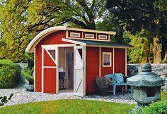 Dieses Gartenhaus ist alles andere als spießig. Ein echter Hingucker! Foto: Karibu
