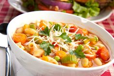 Minestrone Soup - Recipes - I Love Cooking, How to cook South African recipes Epicure Recipes, Soup Recipes, Healthy Recipes, Healthy Food, Italian Beef, Italian Recipes, Vegetarian Italian, Vegetarian Food, Vegetarian Noodle Soup