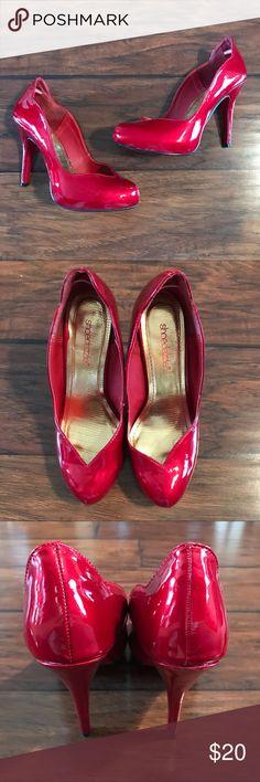 Shoe Dazzle Red Heels Super fun red heels in good used condition! Shoe Dazzle Shoes Heels
