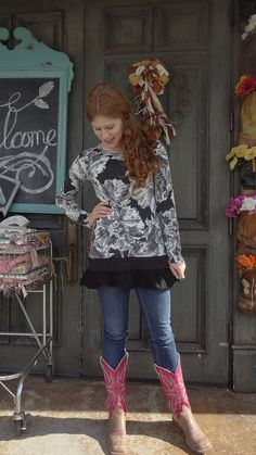 Love the large floral print on this thicker than normal tshirt. Weve added a black cotton and lace ruffle for a look you can wear year around. You could wear this one with black leggings but it is sure to look fantastic with a bright colored pair in something like yellow, pink or red. All my items are one-of-a-kind and ready to ship. Materials are generally all upcycled, although some new embellishments may be rarely added. Garments will never be stained or excessively worn but may have…