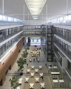 アトリウムのある郊外型本社ビル カインズ新本部 Nikken Sekkei + NSD 日建設計