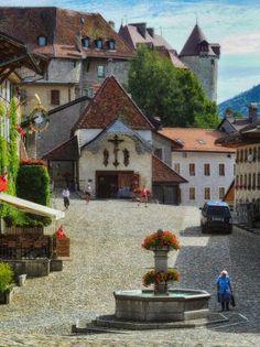 Gruyères, Fribourg, Switzerland Guesthouse oder Zimmer zu vermieten in Zürich! >> http://www.imsonnenbuehl.com .