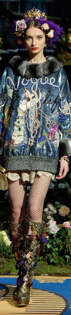 #Farbberatung #Stilberatung #Farbenreich mit www.farben-reich.com Dolce and Gabbana Spring 2017 Alta Moda