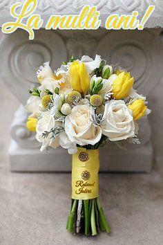 yellow tulip, white roses, yellow billy balls dusty miller wedding flower bouquet, ooh so prefect! Yellow Grey Weddings, Yellow Wedding Flowers, Bridal Flowers, Flower Bouquet Wedding, Floral Wedding, Wedding Colors, Ribbon Wedding, Wedding Ideas, Trendy Wedding