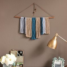A simple, no-weave, copper pipe and yarn wall hanging for you to make in under an hour!