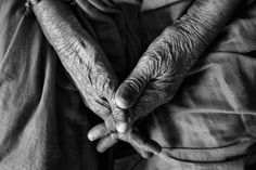 """UNPOPULAR OPINION: We Shouldn't Have To Rearrange Our Lives To Provide At-Home Elder Care For Our Aging Parents. As someone in the so-called """"Sandwich Generation,"""" I refuse to be the filling."""