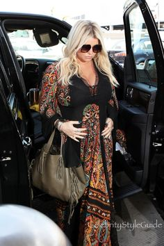 06de6c09a87 Jessica Simpson Dresses Her Baby Bump in Style An ecstatic Jessica Simpson  is glowing as she