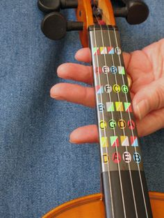 Finger tapes with built-in note names