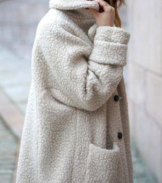 Manteau blanc pâle