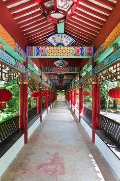 Qiongzhu Temple, or Bamboo Temple (Kunming, China)