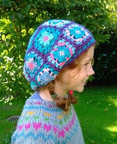 granny square hat...link goes to a german blog...i have no idea what she's saying, but she makes awesome stuff...