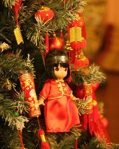 blackrainbow christmas trees around the world japanese christmas christmas china - Chinese Christmas Decorations