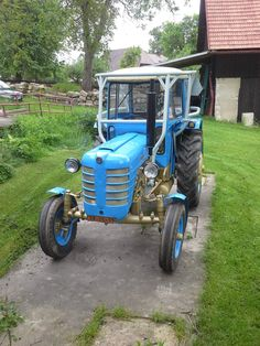 12 fotek na Rajčeti, pořízeno 23. 3. 2015 Classic Tractor, Farm Gardens, Techno, Antique Cars, Porsche, Lawn Tractors, Motorcycle, Farming, Vehicles