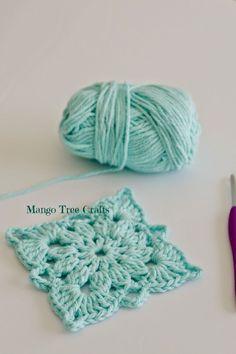 Free Crochet Motif photo tutorial from Mango Tree Crafts ༺✿ƬⱤღ http://www.pinterest.com/teretegui/✿༻