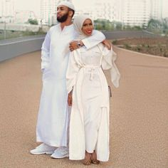 Basma K and Husband ❤ Muslim couple Cute Muslim Couples, Cute Couples Goals, Muslim Girls, Muslim Women Fashion, Islamic Fashion, Muslimah Wedding Dress, Hijab Bride, Wedding Hijab, Wedding Dresses