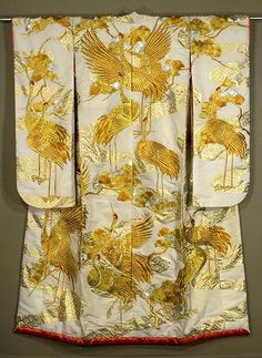 Japanese Geisha Kimono | Japanese Uchikake 1930s. Silk faille wedding kimono with gold and ...