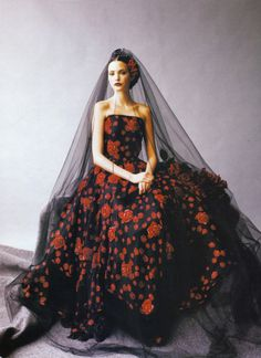 Spanish lady in black and red lace