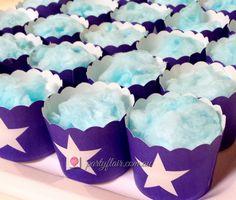 Frozen Movie dessert treats- your favourite characters - Elsa, Anna, Olaf, Kristoff #frozenmovie #themepartyideas #Frozen #disney #childrenpartythemes #frozenmovieballoons #kidspartyideas #kidspartydecorations #kidspartyballoons