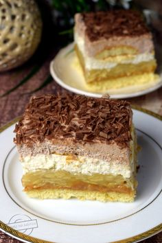 "Cake ""Puszek"" by Anastazja - Tastes on a plate Polish Desserts, Food Cakes, Sweet Desserts, Tiramisu, Cake Recipes, Sweets, Cookies, Ethnic Recipes, Plate"