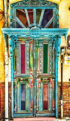 front door paint colors - Want a quick makeover? Paint your front door a different color. Here's some inspiration for you. Grand Entrance, Entrance Doors, Doorway, Cool Doors, Unique Doors, Portal, Stoff Design, When One Door Closes, Door Entryway