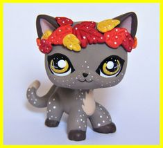 Littlest Pet Shop Short hair cat kitty fall autumn leaves OOAK custom figure LPS. - Most stylish hairstyles Lps Dog, Lps Cats, Cat Toys, Short Hair Accessories, Lps Accessories, Little Pet Shop, Little Pets, Lps Shorthair, Lps Collies
