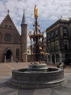 Binnenhof - The Hague, Netherlands