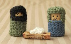 I really love nativity sets, and this one made out of wine corks and crocheted fabrics is SO cute, and very much one of my favourites.