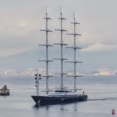 Maltese Falcon is a 88m sailing yacht built by Perini Navi in 2006. W. a beam of 12.9m & a draft of 6m, she has a steel hull & aluminium superstructure. Maltese Falcon can reach a maximum speed of 24 knots and a cruising speed of 16 knots. She can accommodate 12 guests in 6 cabins. The yacht was styled by Ken Freivokh Design.
