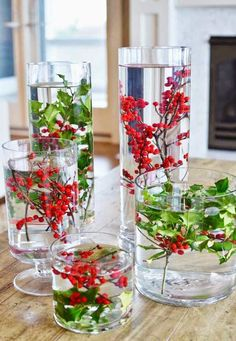 11 Simple Last-Minute Holiday Centerpiece Ideas