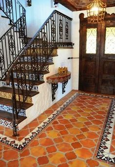 Tile hall spanish