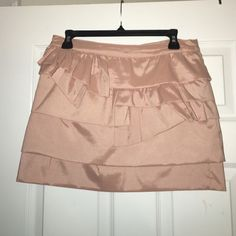 Forever 21 Short Skirt Peach Short Skirt Never Worn. Size: US Large Forever 21 Skirts Mini