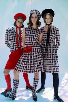 mour Magazine 1965 Susan Porter, Leonora de Sola, Kay King in argyle outfits all by Robert Sloan. Photo by Francesco Scavullo