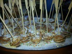 Kerstdiner (2013) poffertjes met Nutella Easter Buffet, High Tea, Baby Food Recipes, Kids Meals, Barbecue, Picnic, Nutella, Treats, Cake