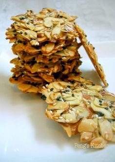 What to do with lots of leftover egg whites after baking rounds and rounds of CNY cookies Try baking this almond tuile which helps you to is part of Sesame cookies - Biscuit Cookies, Biscuit Recipe, Florentine Cookies, Cream Crackers, Sesame Cookies, Healthy Snacks, Healthy Recipes, Gateaux Cake, Almond Cookies