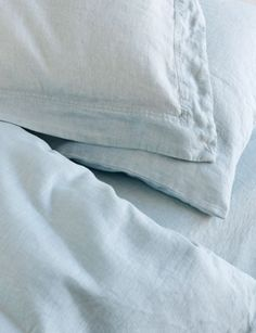 Porcelain blue linen sheets