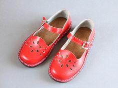 165mm Soviet children sandals 70s – red sandals – leather girls boys sandals – vintage children shoes NEW OLD STOCK
