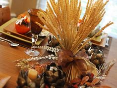 Dried wheat grass centerpiece for Thanksgiving Thanksgiving Greetings, Thanksgiving Traditions, Thanksgiving Cards, Thanksgiving Wallpaper, Thanksgiving Activities, Thanksgiving Turkey, Wheat Centerpieces, Grass Centerpiece, Centerpiece Ideas