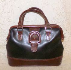 Liz Claiborne Handbag Small Satchel Black & Brown Pebbled Leather Vintage #LizClaiborne #Satchel