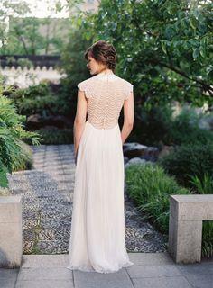Ethereal inspiration shoot in Lan Su Garden: http://www.stylemepretty.com/oregon-weddings/portland/2014/07/15/ethereal-inspiration-shoot-at-lan-su-garden/ | Photography: http://www.corinnekrogh.com/
